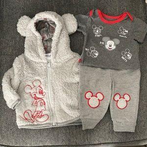 Disney Baby 3 Piece Mickey Mouse Sherpa Set